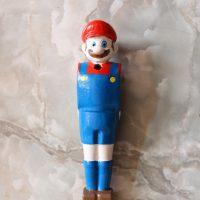 joueur de baby-foot Mario