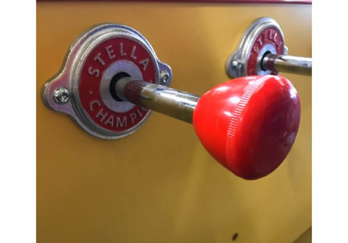 Poignée ronde rouge babyfoot Stella